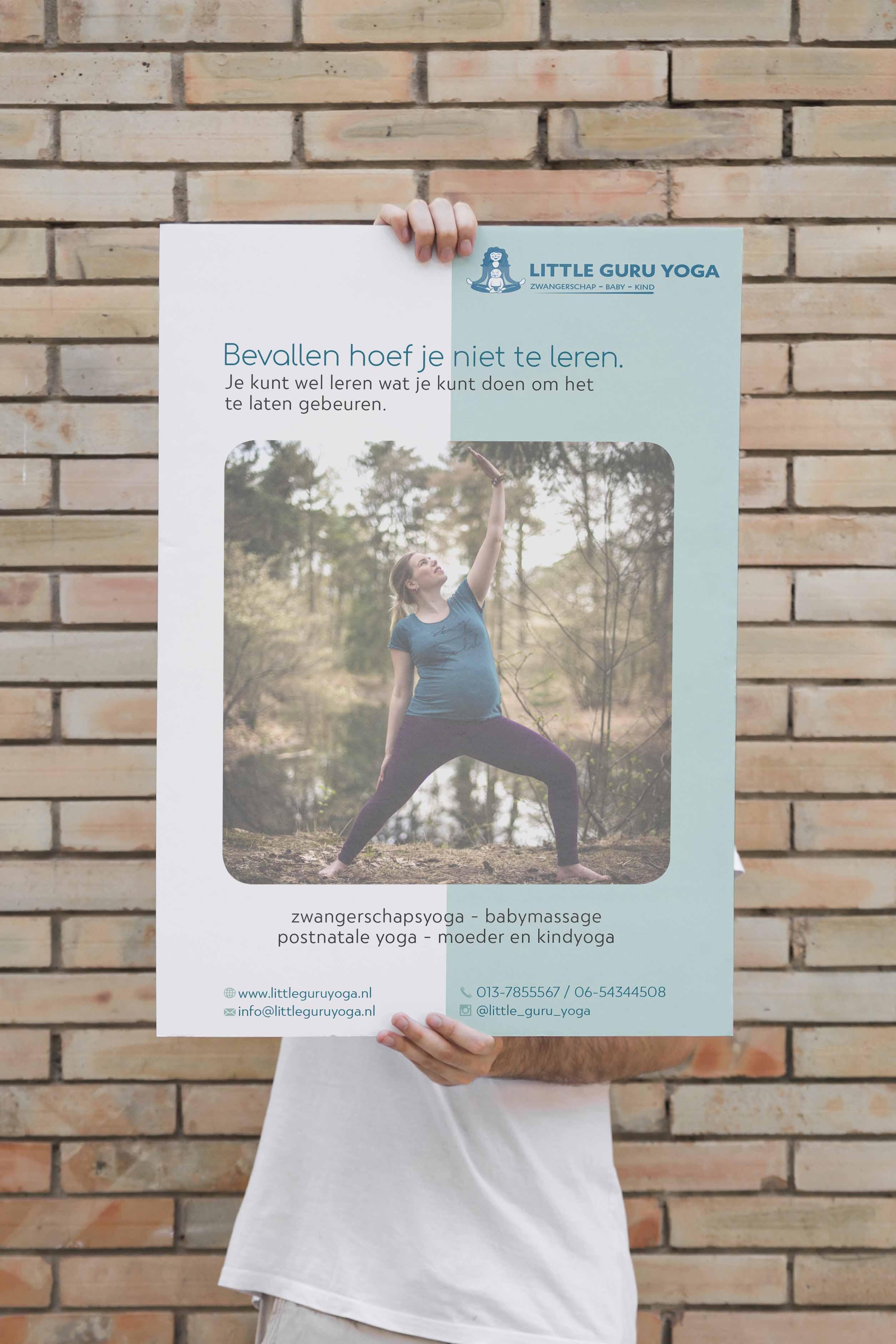 Little Guru Yoga  - poster ontwerp - grafisch vormgever - Dots & Lines
